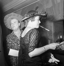 Maggie Diaz - Ladies at the Bar, Tavern Club Chicago (c.1957)