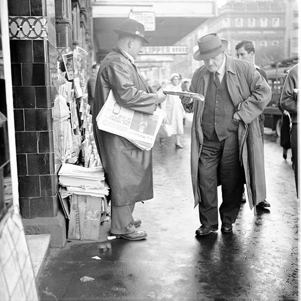 Maggie Diaz - Newspaper Seller, Flinders Street (1960s)