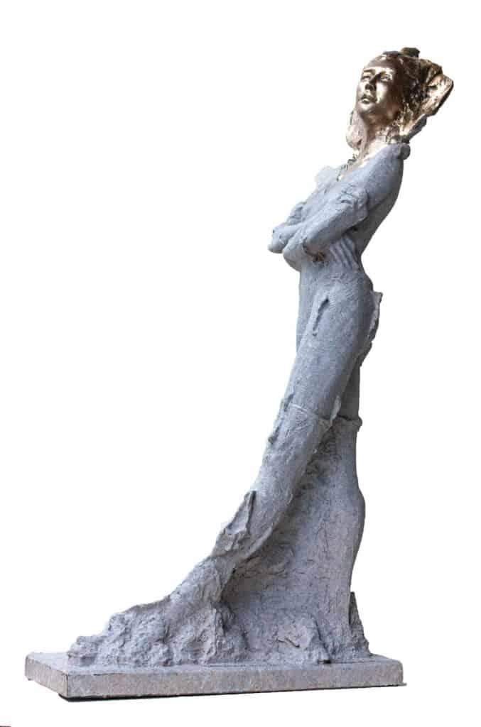 Stephen Glassborow <br><em>Dance</em>, 2021 <br>Bronze sculpture<br>78 cm high<br>$9,900