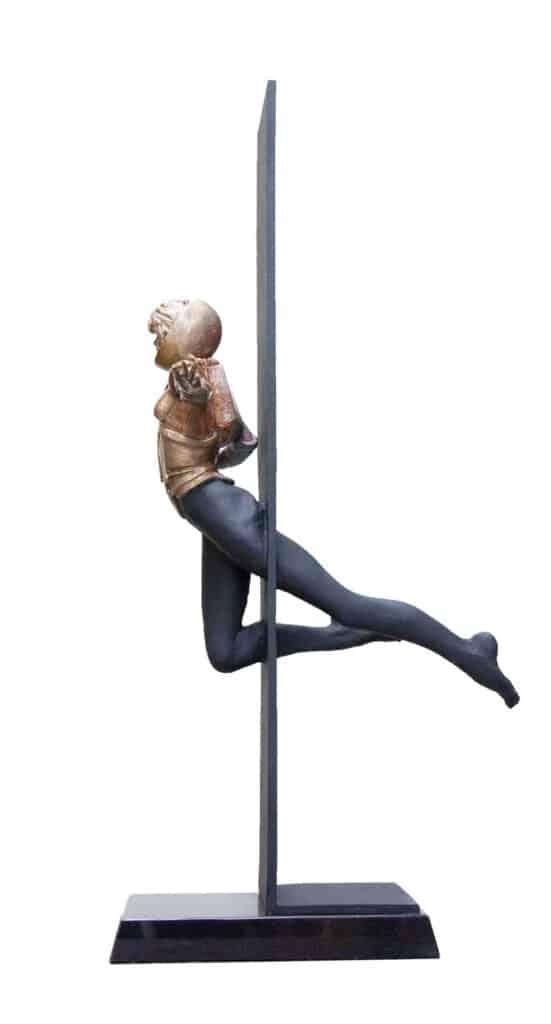 Stephen Glassborow <br><em>Vertigo</em>, 2021 <br>Bronze sculpture<br>95 cm High<br>$11,500